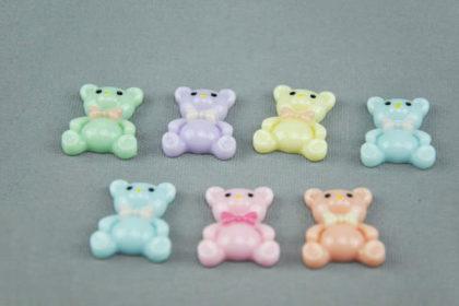 7 Stück Bären 19 x 23 mm, vers. Farben