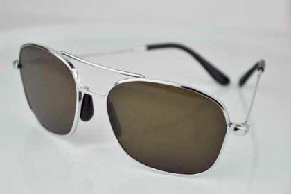 Herren-Sonnenbrille mit silbernem Gestell und braunen Gläsern