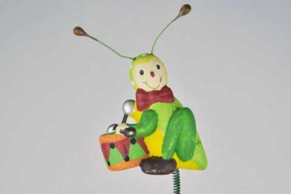 Blumentopf-Grashüpfer mit Trommel