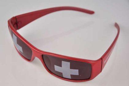 Sonnenbrille mit Schweizer-Flagge