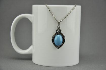 Silberne Halskette 42cm, Tibet-Silber Anhänger mit türkisem Stein