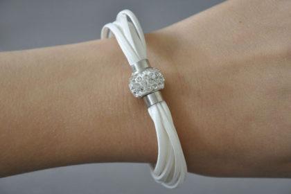 Shamballa Armband mit klaren Kristallen, weiss
