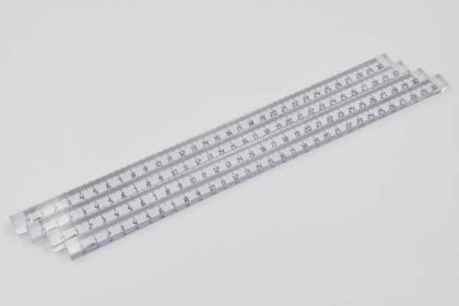 4 Stück Lineale 30cm, 4-kantig, transparent