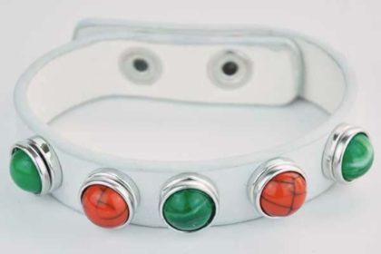 Armband 24 cm weiss mit 5 Chunk-Button 12 mm, grün-orange