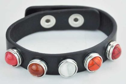 Armband 24 cm weiss mit 5 Chunk-Button 12 mm, orange-weiss
