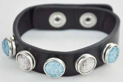 Armband 24 cm schwarz mit 5 Chunk-Button 12 mm, hellblau-weiss