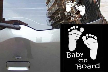 "Aufkleber / Decal / Sticker ""Baby on Board"", 14 x 10cm, silber"